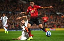 """Man Utd """"nhẫn tâm"""" chỉ gia hạn 1 năm hợp đồng của Martial"""