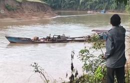 Cận cảnh cát tặc lộng hành thượng nguồn sông Đồng Nai