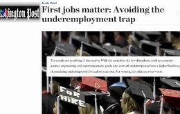 Học sinh Mỹ cân nhắc việc học đại học