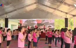 Ngày hội nón hồng dành cho phụ nữ bị ung thư vú
