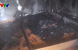 Đà Nẵng: Ngôi nhà trọ 3 tầng phát hỏa người dân hoảng loạn tháo chạy