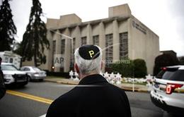 Nghi can trong vụ xả súng tại Pittsburgh, Mỹ trình diện tòa