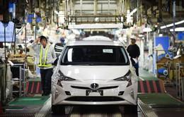 Toyota thu hồi 2,4 triệu xe hybrid
