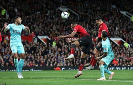 Sanchez tỏa sáng phút 90, Man Utd ngược dòng ngoạn mục cứu nguy cho HLV Mourinho
