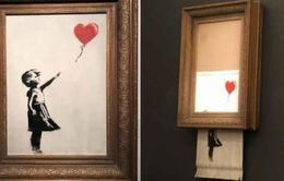 Banksy - Nghệ sĩ bí ẩn nhất của nghệ thuật đường phố hiện đại