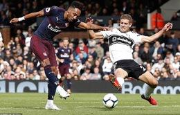 Ramsey và Aubameyang đưa Arsenal vào lịch sử Ngoại hạng Anh