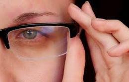 Xuất hiện các triệu chứng này, cần khám ngay kẻo mắt gặp nguy hiểm