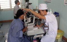 Thay thủy tinh thể thành công cho bệnh nhân 101 tuổi