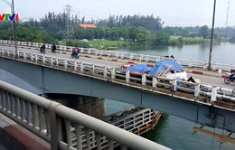 Cấm phương tiện lưu thông qua cầu Bến Lức cũ