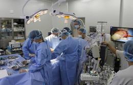 Phẫu thuật tái tạo van động mạch chủ bằng phương pháp Ozaki