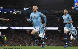 VIDEO David Silva mở tỷ số sớm ở trận derby Manchester sau pha phối hợp ăn ý