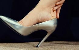 Mẹo hay giúp giày dép không bị ẩm khi trời mưa
