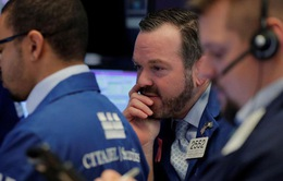 Chứng khoán Mỹ giảm điểm mạnh trong phiên giao dịch đầu tuần