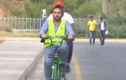 Jordan: Cho phép sinh viên đi xe đạp trong trường để không bị muộn tiết