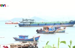 Tàu khai thác cát lậu - Hung thần trên biển đe dọa tính mạng ngư dân