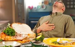 Ăn tối muộn và quá no có thể dẫn đến nguy cơ mắc bệnh tim