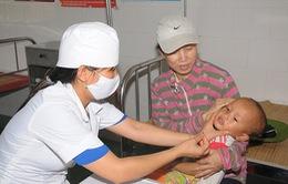 Hải Dương: Chiến dịch uống Vitamin A đợt hai cho trẻ