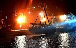 Trung Quốc: Hành khách đánh nhau với tài xế khiến xe bus rơi khỏi cầu
