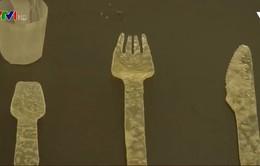Bộ dao, dĩa làm bằng… khoai tây