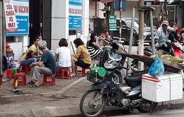 TP Huế: Tình trạng lấn chiếm vỉa hè chưa có hồi kết