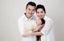Những hình ảnh đáng yêu của quý tử nhà diễn viên Lê Khánh