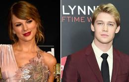 Taylor Swift lần đầu lên tiếng về bạn trai trên mạng xã hội