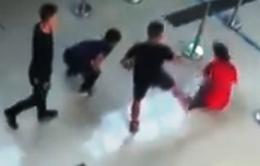 Chính thức cấm bay 3 đối tượng hành hung nhân viên tại sân bay Thọ Xuân