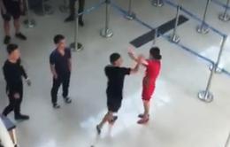 Cấm bay 3 đối tượng hành hung nhân viên hàng không tại sân bay Thọ Xuân