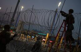 Mỹ mở lại cửa khẩu biên giới với Mexico sau vài giờ đóng cửa
