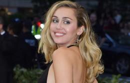 Sau thời gian nghỉ ngơi, Miley Cyrus bất ngờ trở lại đường đua âm nhạc
