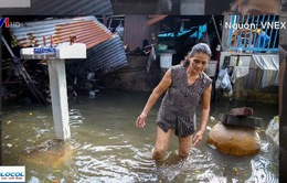 TP.HCM: Khu dân cư vẫn ngập nặng sau mưa bão
