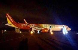 Máy bay Vietjet gặp sự cố: 2 bánh trước bị mất trong quá trình hạ cánh