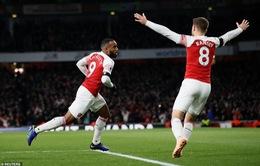 Lacazette cứu nguy, Arsenal giữ lại 1 điểm trước Liverpool
