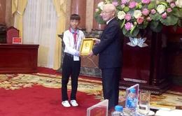 Một học sinh nghèo ở Hà Tĩnh được Chủ tịch nước vinh danh