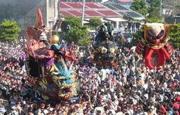 Rực rỡ lễ hội mùa thu Karatsu Kunchi