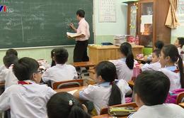 Cô giáo phạt học sinh tự tát vào mặt: Hội đồng nhà trường họp rút kinh nghiệm