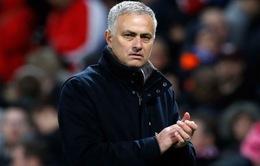 Mourinho bực dọc nói về sự biến mất của Alexis Sanchez