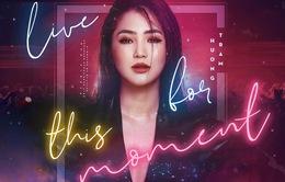 Hương Tràm tung MV nói về góc khuất của người nghệ sĩ