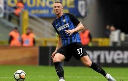Trung vệ Serie A tạo Siêu kinh điển ở phiên chợ Hè 2019
