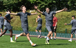 Arsenal đón bộ đôi hậu vệ trở lại, Xhaka mừng thầm