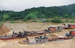 Bắt đầu đợt cao điểm xử lý tàu thuyền vi phạm trên sông Hồng