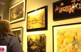 Hội họa Việt Nam thu hút người yêu nghệ thuật tại Anh