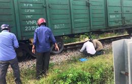 Đường sắt Bắc - Nam tắc nghẽn nhiều giờ vì tàu hỏa trật bánh