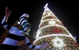 Chợ Giáng sinh lung linh kỳ ảo khiến du khách mê mẩn lạc lối