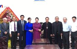 Chủ tịch Quốc hội chúc mừng Giáng sinh Tòa Tổng Giáo phận TP.HCM