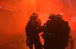Paris trải qua những tuần lễ biểu tình leo thang