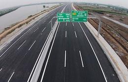 Xác minh, xử lý nghiêm ô tô chạy lùi trên cao tốc Hà Nội - Hải Phòng