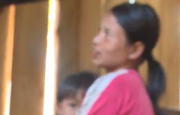 Trốn sang Trung Quốc sinh con, nhiều bà mẹ bán con ngay khi đứa trẻ chào đời