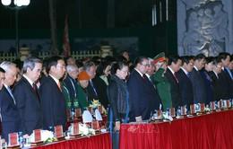 Dâng hương tưởng niệm 60 liệt sỹ thanh niên xung phong Đại đội 915