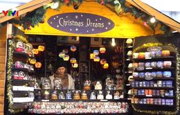 Ấm áp chợ Giáng sinh ở làng quê Anh